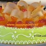 Ricetta Fruit cake di Renato Ardovino per il programma Torte in corso su Real Time