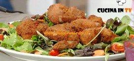 La Prova del Cuoco - Alette di pollo fritte con salsa ai formaggi ricetta Clerici
