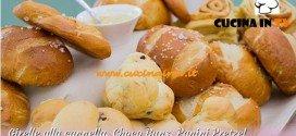 Bake Off Italia: ricetta Girelle alla cannella Choco Buns e Panini Pretzel di Stephanie