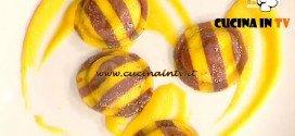 La Prova del Cuoco - Ravioli bicolore e melanzane su crema di zucca alla liquirizia e pistacchio ricetta