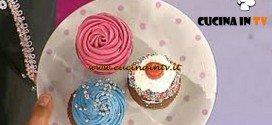 Dolci dopo il tiggì - ricetta della Tris di cupcake