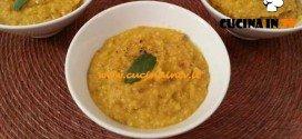 Cotto e Mangiato - Vellutata di carote con salvia e mandorle ricetta Tessa Gelisio