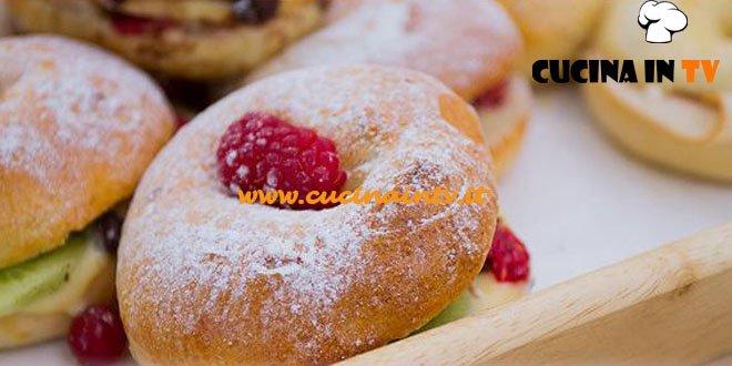 Bake Off Italia 2 - ricetta Bagel fesa di tacchino mortadella e bagel crema pasticcera marmellata di ribes e cioccolato di Antonio