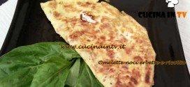 Cotto e Mangiato - Omelette noci erbette e ricotta ricetta Tessa Gelisio