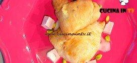 La Prova del Cuoco - Sfogliatelle ricce salate con ricotta e mortadella ricetta Moroni
