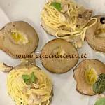 Tagliolini con squacquerone nei porcini ricetta Messeri La Prova del Cuoco
