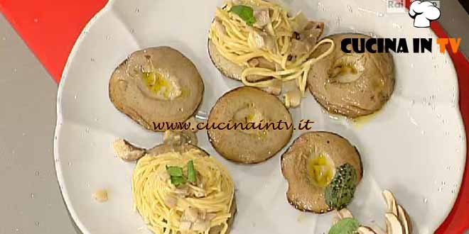 La Prova del Cuoco - Tagliolini con squacquerone nei porcini ricetta Messeri