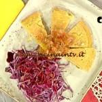 La Prova del Cuoco - Frittata senza uova con cavolo cappuccio e cipolle caramellate ricetta Bianchi