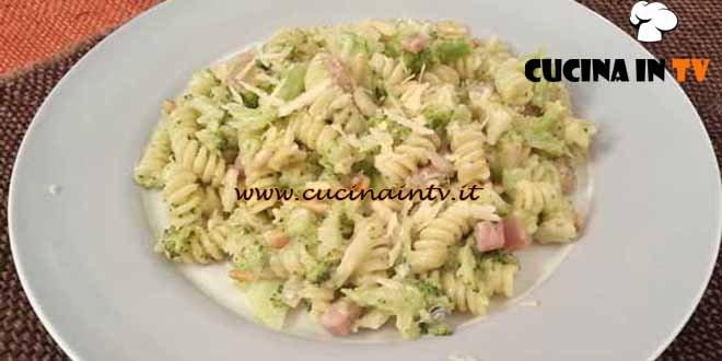 Cotto e Mangiato - Fusilli con broccoli pancetta e gorgonzola ricetta Tessa Gelisio