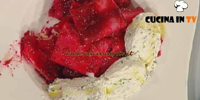 La Prova del Cuoco - Paccheri alla rapa rossa e caprino ricetta Bianchi