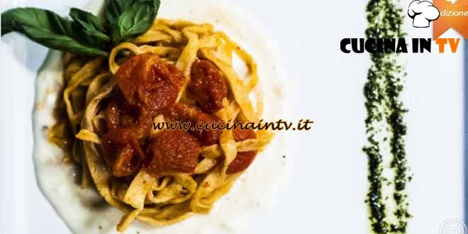 Masterchef 4 - ricetta Tagliatelle saltate in polpa di pomodorini su fonduta di bufala di Simone