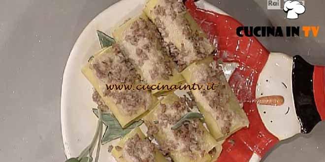 La Prova del Cuoco - Cannelloni con scalogno cardi e pasta di salame ricetta Moroni