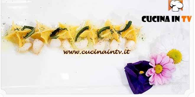 Masterchef 4 - ricetta Fagottini di pasta all'uovo con farcia di San Pietro al burro aromatizzato di Simone
