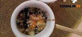 Cotto e Mangiato - Minestra di orzo e cavolo nero ricetta Tessa Gelisio