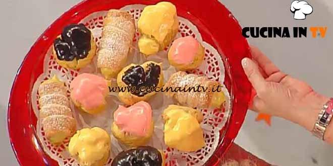 Dolci dopo il tiggì - ricetta Pastarelle della domenica