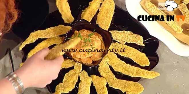 La Prova del Cuoco - Pollo fritto su crema di lenticchie ricetta Messeri