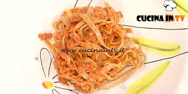 La Prova del Cuoco - Tagliatelle integrali al ragù di seitan ricetta Bianchi
