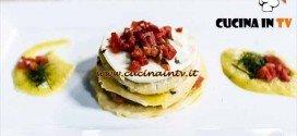 Torretta di melanzane pasta fresca mozzarella e salsa allo scalogno ricetta Paolo da MasterChef 4