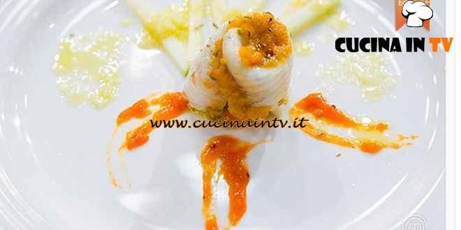 Masterchef 4 - ricetta Turbante di rombo ai peperoni e cipolla albicocche e insalata croccante di Arianna