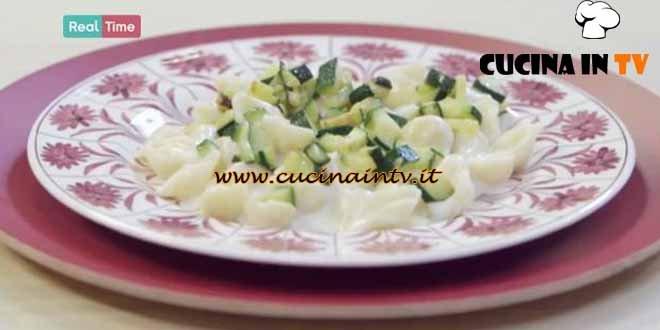 Molto Bene - ricetta Conchiglie con fonduta di parmigiano e zucchine di Benedetta Parodi