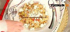 La Prova del Cuoco - Farfalle integrali con ceci pomodorini secchi e feta ricetta Bianchi