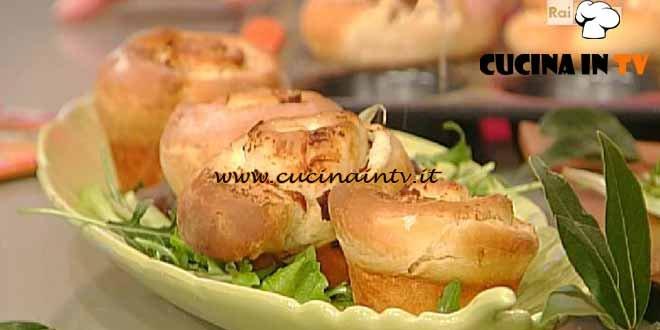 La Prova del Cuoco - Girelle di pasta lievitata con ripieno di ricotta speck e grana ricetta Barzetti
