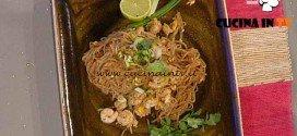 La Prova del Cuoco - Tagliatelle di riso con gamberetti ricetta Suvimol