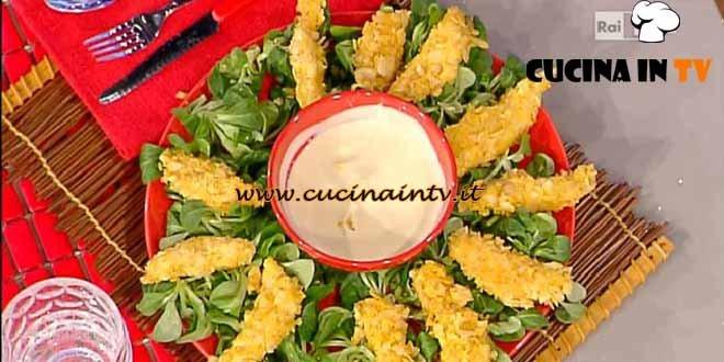 La Prova del Cuoco - ricetta Petti di pollo impanati nelle patatine con salsa di yogurt alla senape