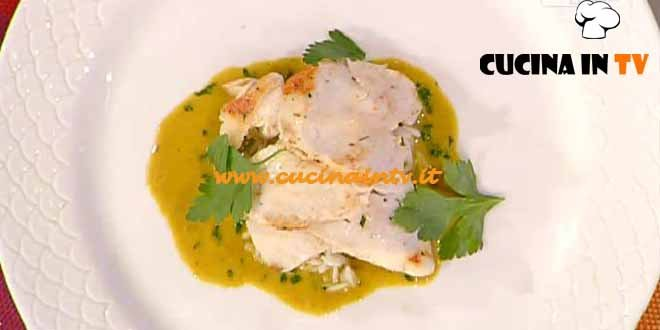 La Prova del Cuoco - ricetta Pollo scottato al rosmarino e riso basmati su salsa al curry