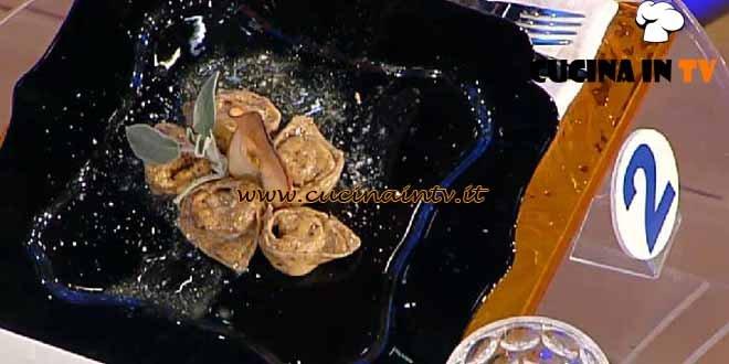 La Prova del Cuoco - ricetta Ravioli al gorgonzola mele e noci con burro di malga