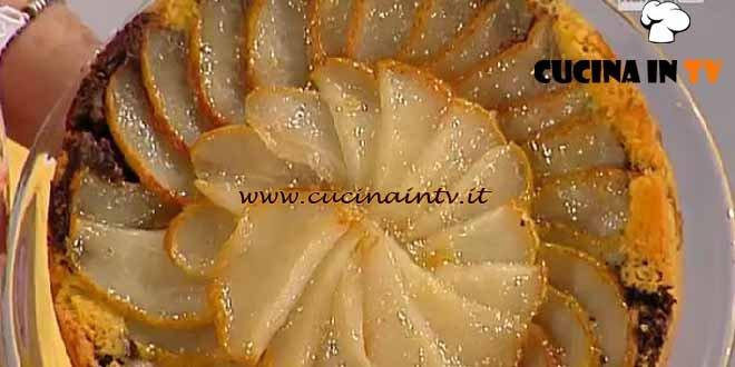 Dolci dopo il tiggì - ricetta Torta pere e cioccolato