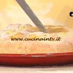 La Prova del Cuoco - Torta salata con cipolla e salsiccia ricetta Spisni