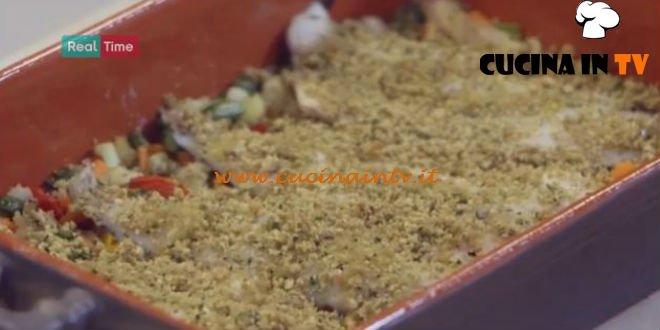 Molto Bene - ricetta Branzino al pane verde di Benedetta Parodi