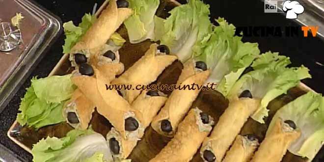 La Prova del Cuoco - Cannoli di ricotta e scarola ricetta Moroni