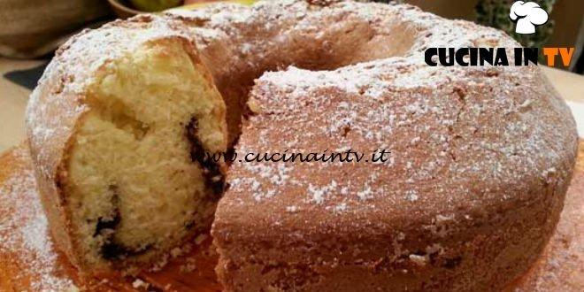 Cotto e mangiato - Ciambella cioccolato e mandorle ricetta Tessa Gelisio