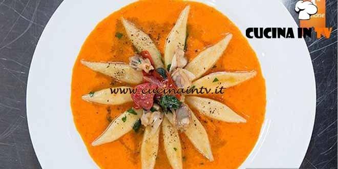 Masterchef 4 - ricetta Gnocchi di patate in guazzetto di tartufi di mare al basilico con fondente di pomodori di Bruno Barbieri