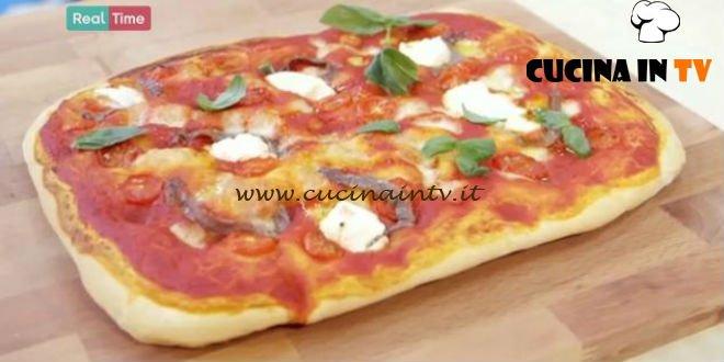 pizza pomodori ricotta e acciughe ricetta benedetta parodi da ... - Ricette Di Cucina Benedetta Parodi
