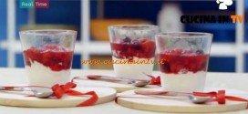 Molto Bene - ricetta Semifreddo alla panna con frutti rossi di Benedetta Parodi