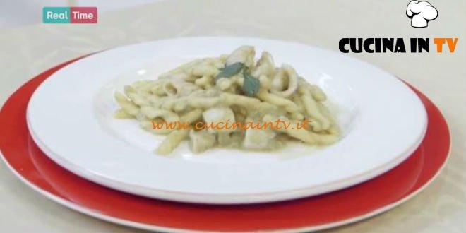 Molto Bene - ricetta Strozzapreti con montata di melanzana e calamari di Benedetta Parodi