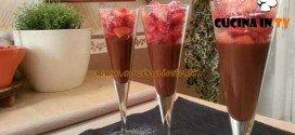 Cotto e mangiato - Mousse di cioccolato e fragole ricetta Tessa Gelisio