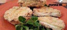 Cotto e mangiato - Mozzarella in carrozza di melanzane ricetta Tessa Gelisio