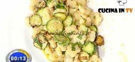 La Prova del Cuoco - ricetta Fiori di pasta con zucchine burrata e menta