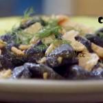 Molto bene - Gnocchi al nero di seppia con salmone ricetta Benedetta Parodi