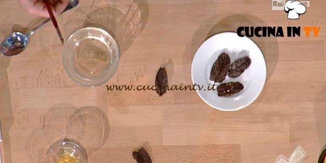 Detto Fatto - ricetta Foglie di cioccolata di Mirco Della Vecchia