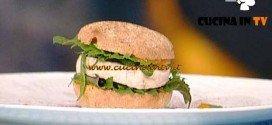La Prova del Cuoco - ricetta Panino all'anice pesce spada spuma di zafferano shiso e zucchine