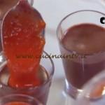 Molto Bene - ricetta Panna cotta cioccolato e fragole di Benedetta Parodi