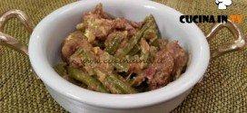 Cotto e mangiato - Spezzatino con fagiolini e uova ricetta Tessa Gelisio