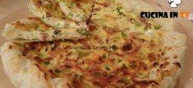Cotto e mangiato - Torta salata asparagi e crudo ricetta Tessa Gelisio