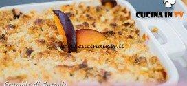 Bake Off Italia 3 - ricetta Crumble prugne e zenzero di Antonio