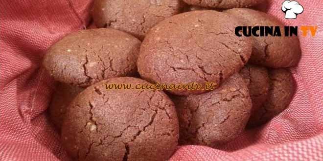 Cotto e mangiato - Biscotti teneri al cacao e rum ricetta Tessa Gelisio